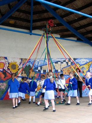 Maypole Picture Diss 2007